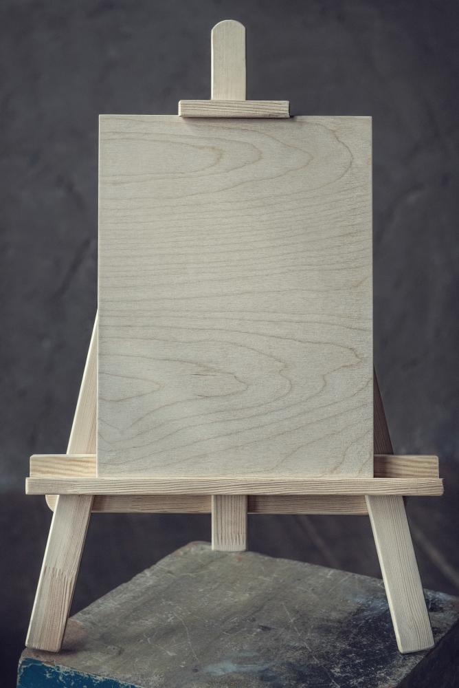 Мольберт малый деревянный фото